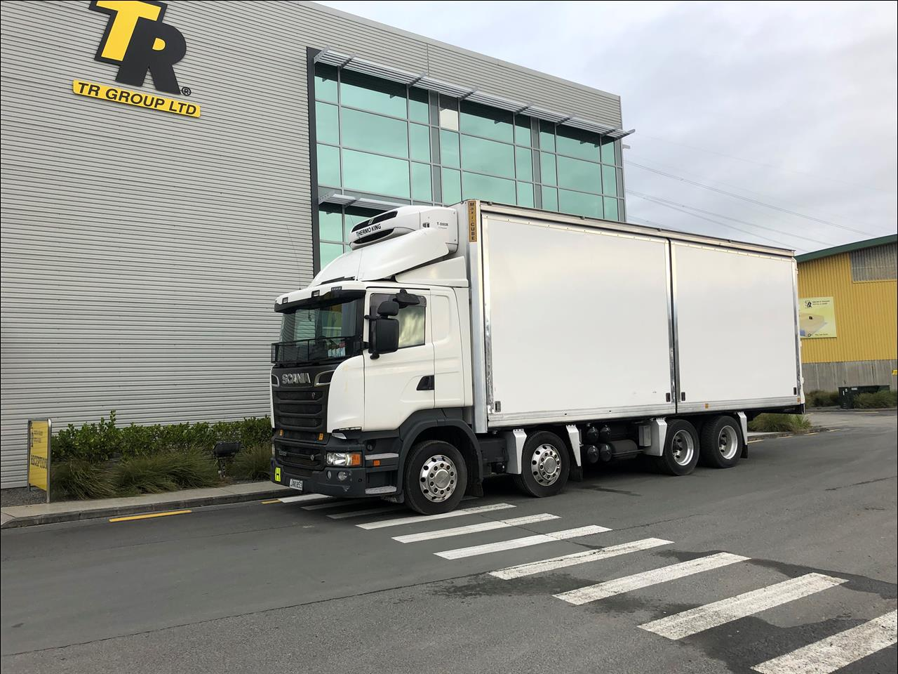 2015 Scania R - 8x4 Insulated Body - Glide Side
