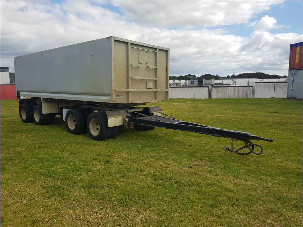 2002 TMC 4H - 4 Axle Steel Body Tipping Pull Trailer